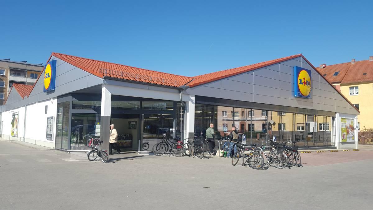 Lidl Cottbus Fassade Pflaster